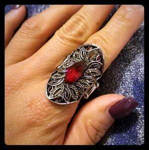 Jewelry - NEW BEAUTIFUL COCKTAIL RING!!